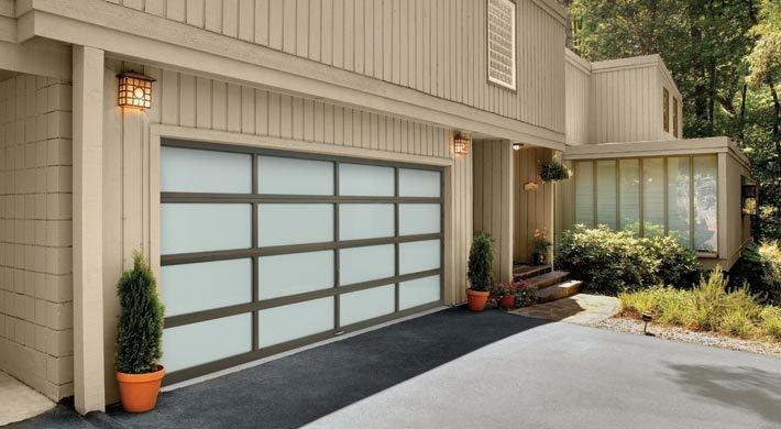 Vista-full view garage door